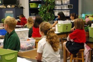 classroom 488375 1920 320x214 Formación en Mindfulness